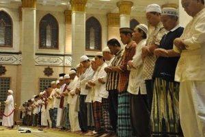 Kewajiban Shalat Berjamaah di Masjid Bagi Laki-laki